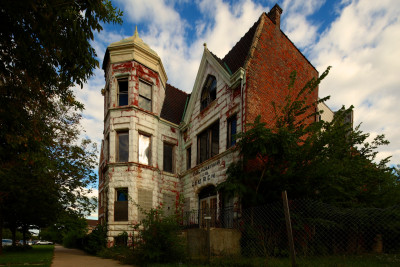 Uncertain Future for a Vacant Gothic Mansion Built for Co-founder of Schwinn Bicycle Company [UPDATED]