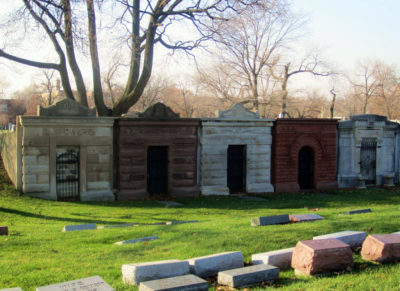 Graceland Cemetery: A Grand Finale