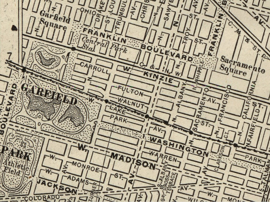 Detail of 1910 World Atlas and Gazetteer Map of Chicago, depicting the Franklin Boulevard area with Garfield and Sacramento Squares.