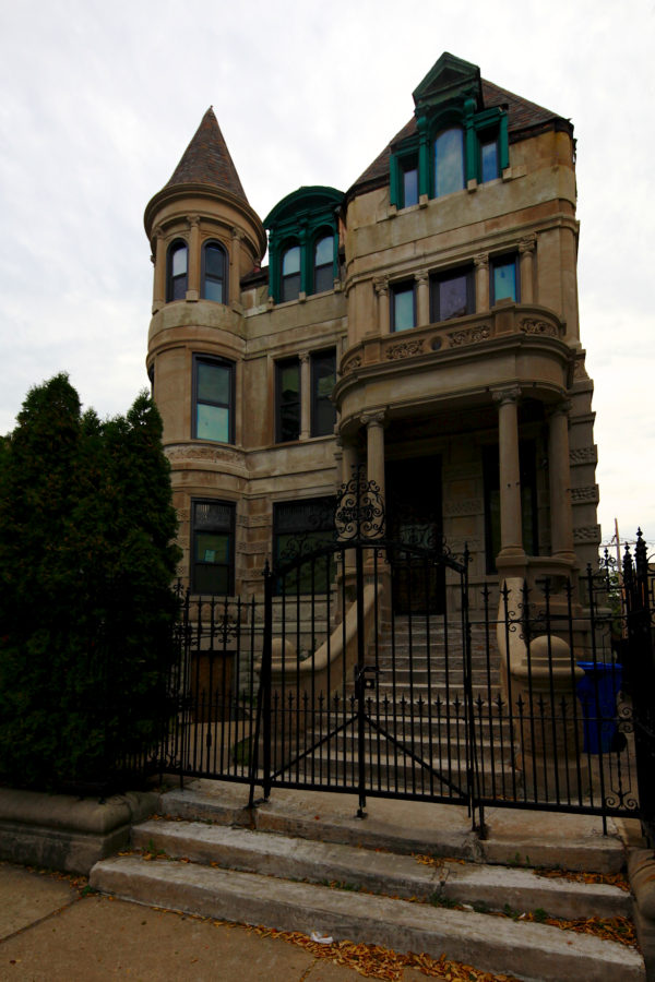 1890s Victorian Era House At 4030 King Drive