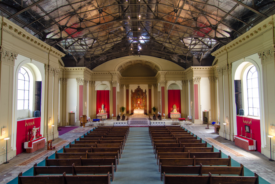 Shrine of Christ the King Sovereign Priest, interior in 2014. [Eric Allix Rogers/Chicago Patterns]