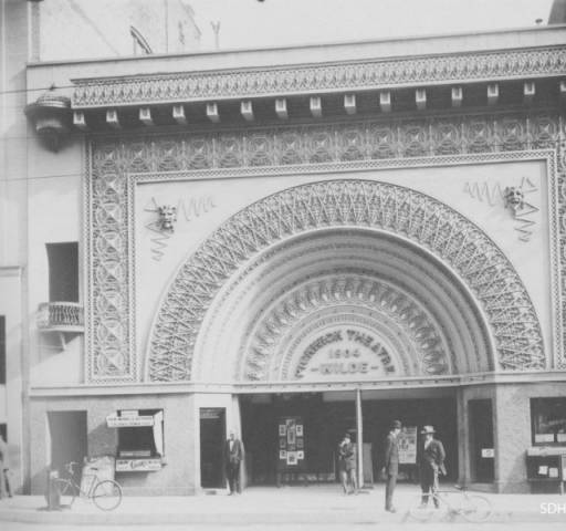 "The facade of Irving Gill's Pickwick Theatre (built 1904, demolished 1926) in San Diego paid homage to Louis Sullivan's Transportation Building and its famous ""Golden Door"" from the World's Columbian Exposition of 1893. [Ryerson & Burnham Archives/San Diego History Center]"